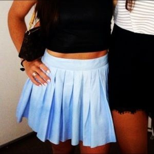 Alice and Olivia blue leather pleated skirt